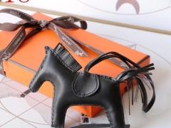 H家新版小马鬃毛系列 中号小号颜色齐全全手缝 黑色