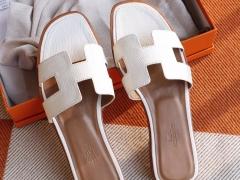 HERMES夏季必备 H家平底凉鞋女拖鞋 夏季沙滩鞋 蜥蜴皮 白色 37码