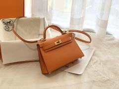 爱马仕HERMES必须拥有的小包包 mini kelly 二代 19cm 金银扣 ?93橙色 靓丽经典色